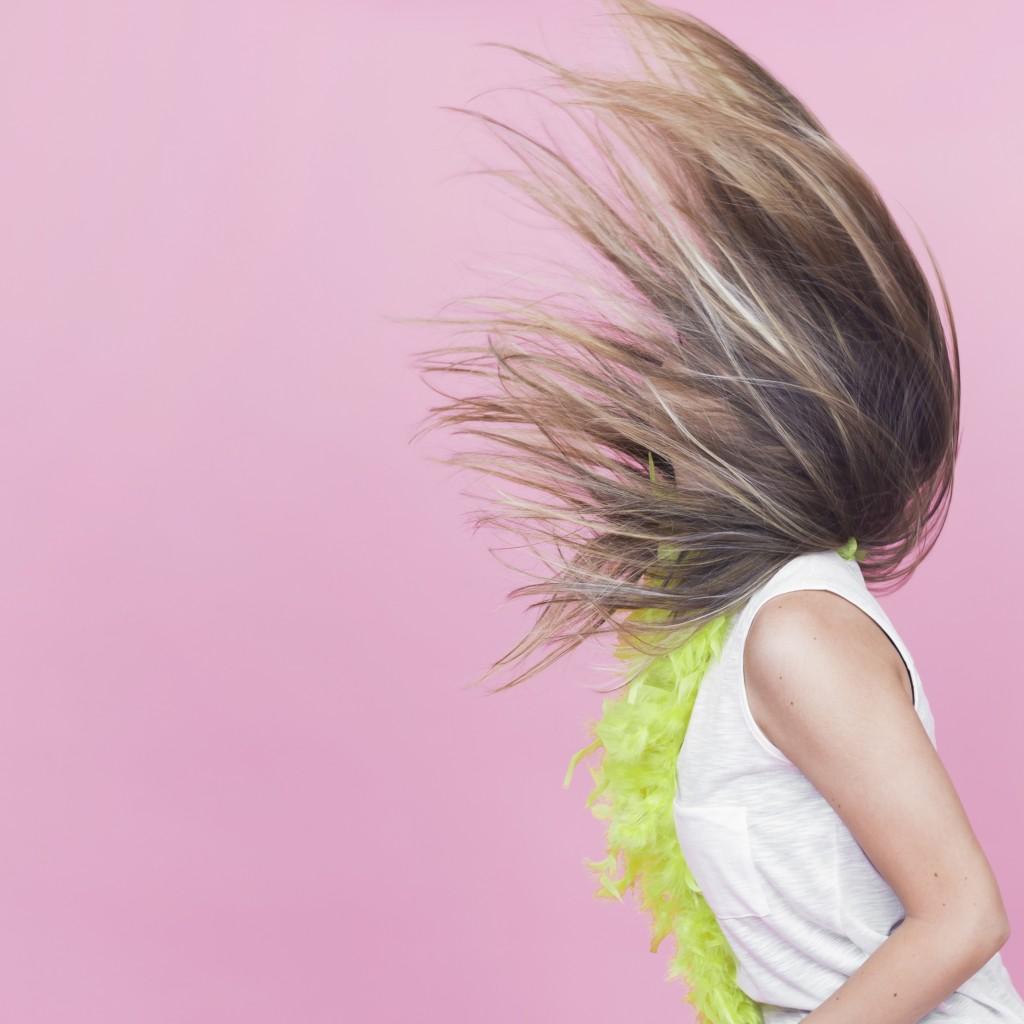 Defrizante x Fluído Termoativo: Conheça a diferença entre os dois novos produtos da linha Sleek, a favorita entre os cabelos lisos perfeitos