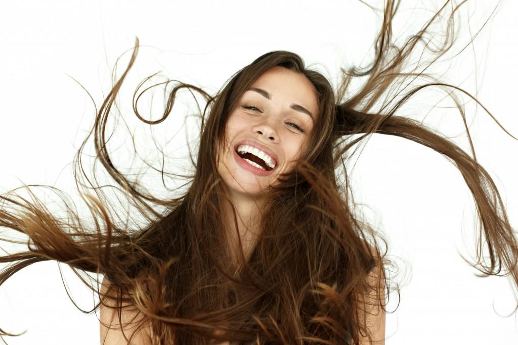Como deixar seus cabelos mais lisos por mais tempo com Fluído Termoativado Sleek Liso Ostentação Tutanat
