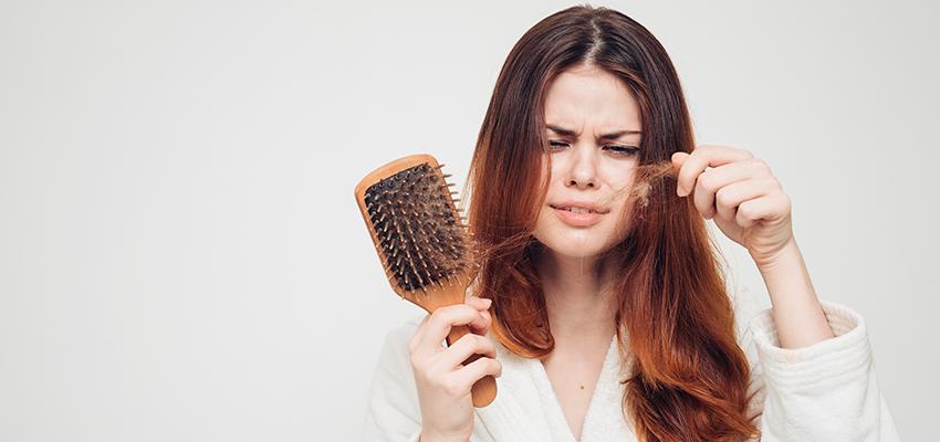 Perda de cabelo pós-parto: por que isso acontece e como lidar com isso